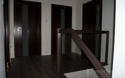 Firma Domaszewscy – producent drzwi drewnianych