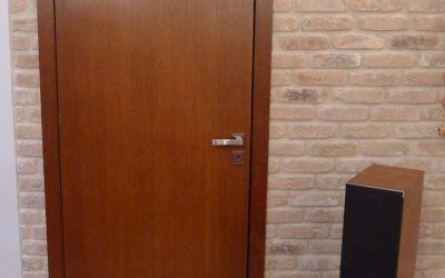 Czym różnią się drzwi przylgowe i bezprzylgowe?
